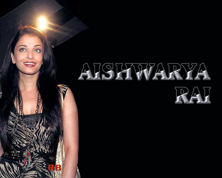 Cute Actress Aishwarya Rai Wallpaper