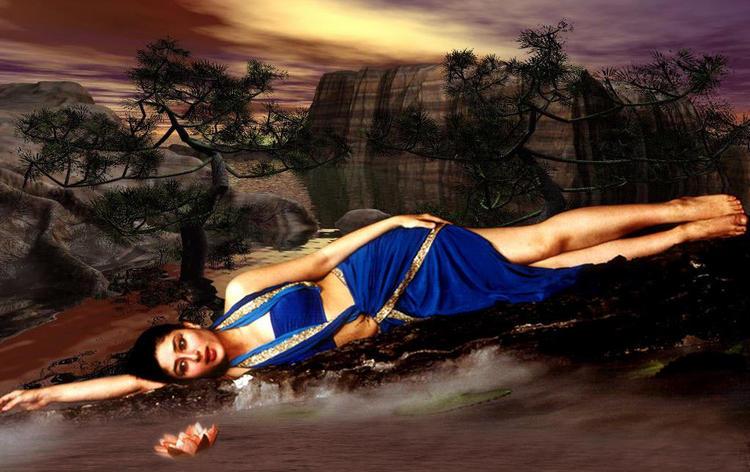 Kareena Kapoor Deadly Pose Photo Shoot