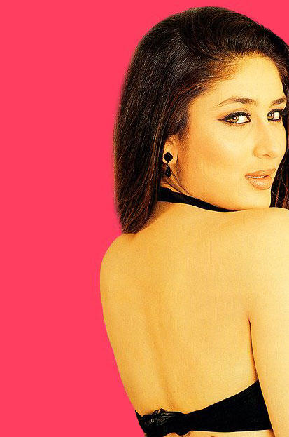 Kareena Kapoor Sexy Back Bare Still