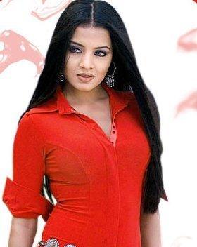 Celina Jaitley Looking Beautiful In Red Shirt
