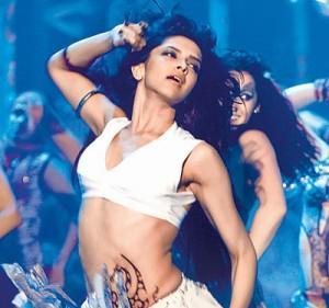 Deepika Padukone Dum Maro Dum Hot Photo