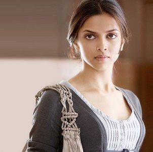 Deepika Padukone Nice Look In Love Aaj Kal