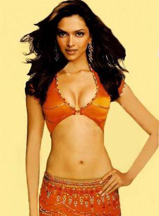 Deepika Padukone Open Boob and Spicy Navel Exposing Still