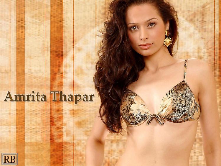 Amrita Thapar Wet Outfit Look Wallpaper