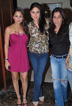 Kareena and Amrita Poses To Photo Shoot