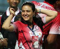 Smiling Preity Zinta Wearing King XII Punjab Jersey