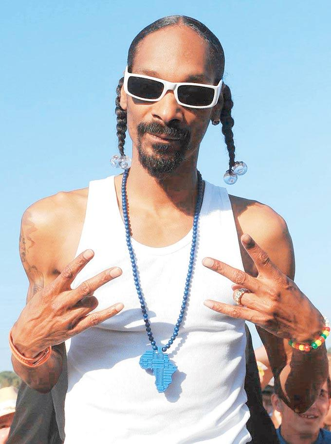 Snoop Banned From The UK For His Extensive Criminal Record