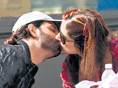 Hrithik Roshan and Suzanne Hot Lip Kiss Still