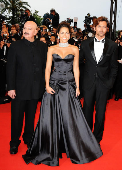 Hrithik Roshan With Father and Babara On Red Carpet at Cannes