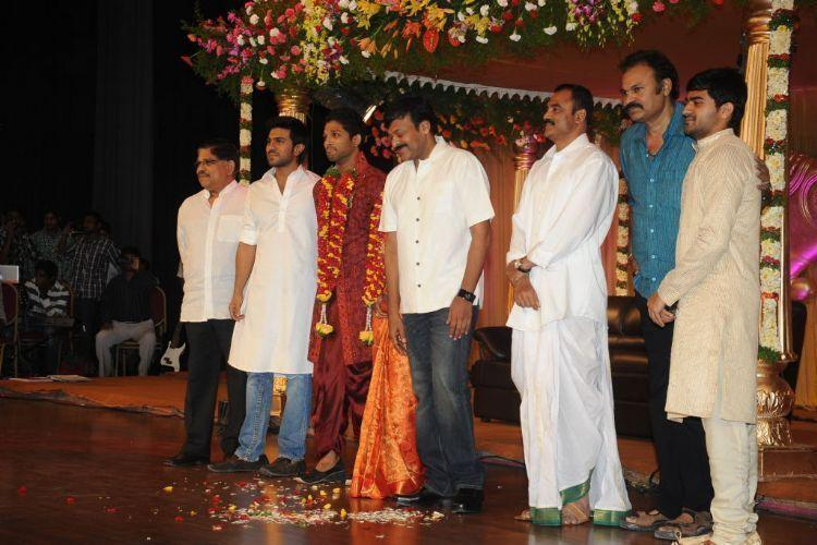 Allu Arjun With Celebs at His Reception