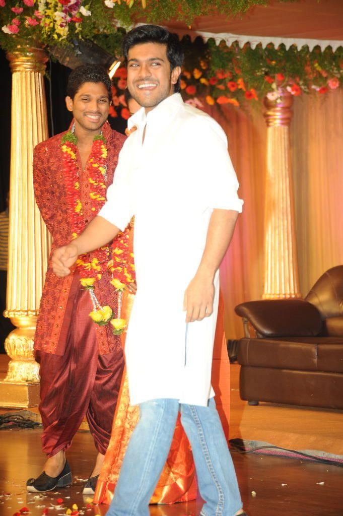 Allu Arjun Cute Smile Pic At His Reception