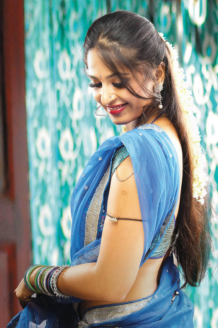 Anushka Shetty On Romantic Mode