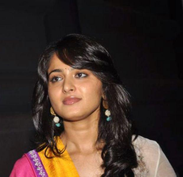 Anushka Shetty Sweet Still