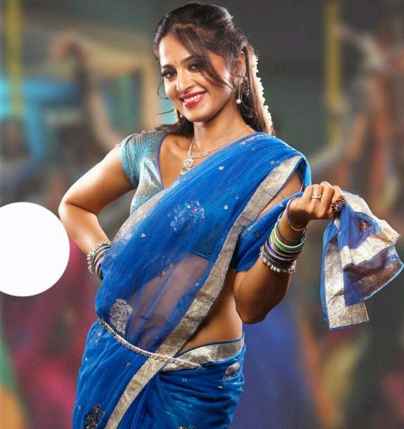 Vaanam Movie Anushka Sweet Sexy Pic In Blue Transparent Saree
