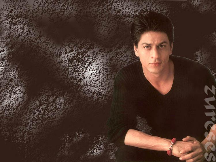 Shahrukh Khan Spicy Look Pic