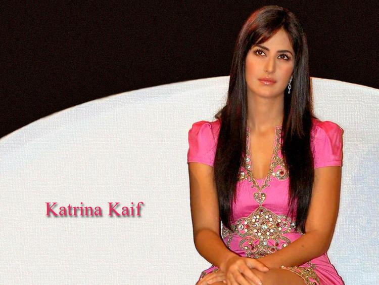 Katrina Kaif Beautiful nice Look Wallpaper
