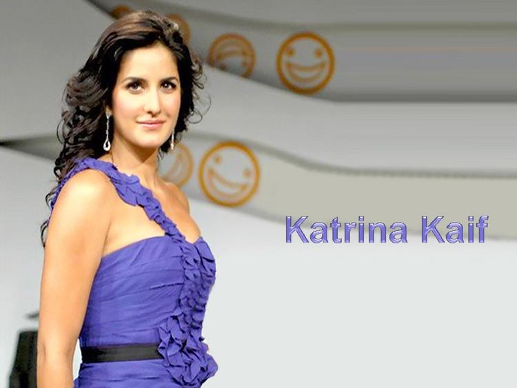 Katrina Kaif Rocking Glowing Look Wallpaper In Blue Dress