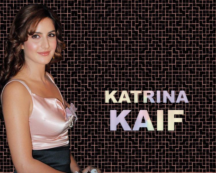 Katrina Kaif Sweet Shiny Face Look Wallpaper