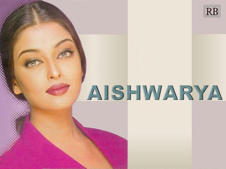 Aishwarya Rai Hot Sizzling Look Wallpaper