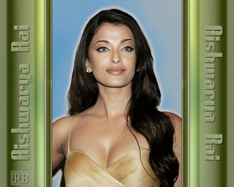 Aishwarya Rai Open Boob Show Wallpaper