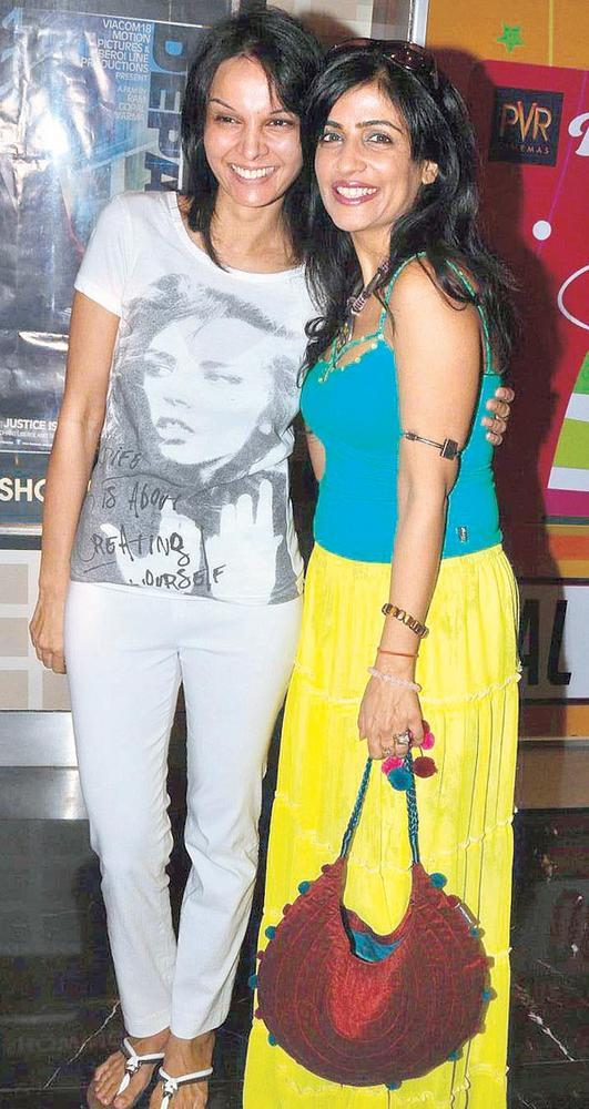 Seema and Shibani Poses at Special Screening Of Love Wrinkle Free