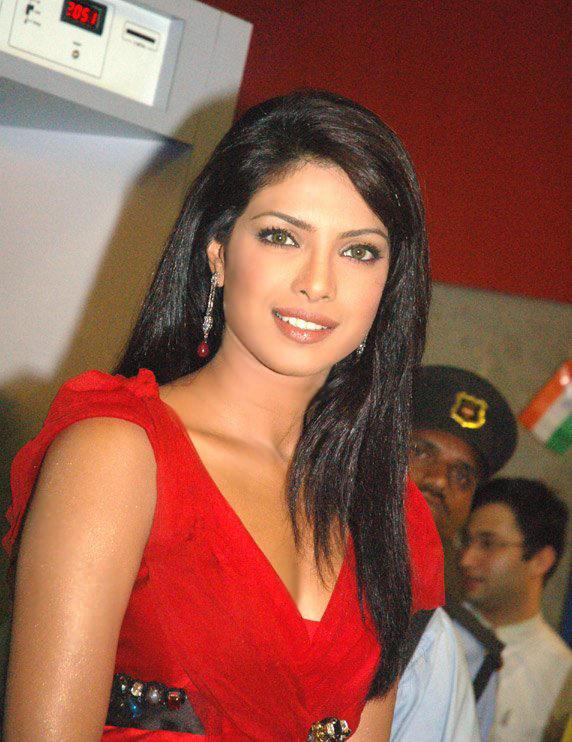 Priyanka Chopra Red Dress Nice Pic