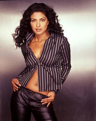 Priyanka Chopra Sexy Wallpaper