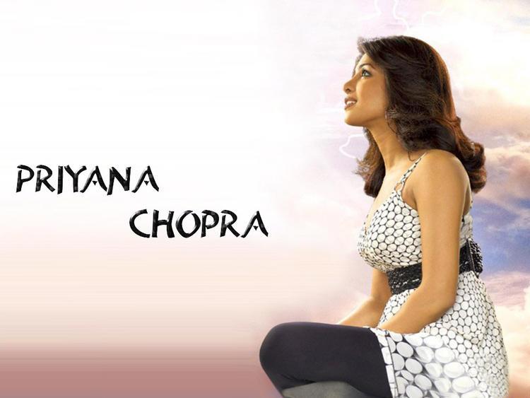 Priyanka Chopra Side Face Look Nice Wallpaper