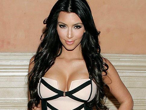 Kim Kardashian Hot Sexy Look Pic