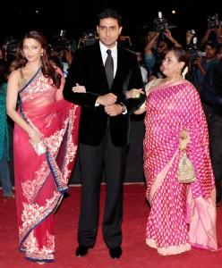 Aish,Abhi and Jaya at Star Screen Awards