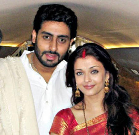 Beautiful Couple Aish and Abhi Images