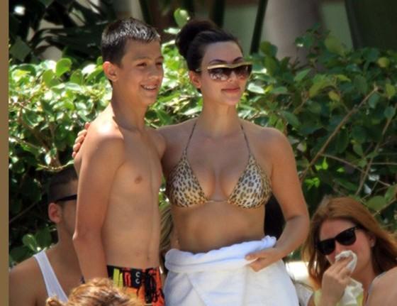 Justin Bieber Pictures With Kim Kardashian