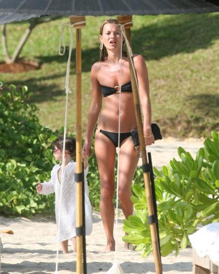 Kate Moss Shocking Pic In Bikini