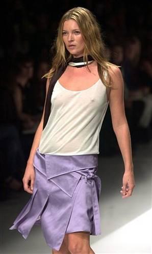 Kate Moss Walk The Ramp In Sexy Dress