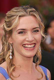 Kate Winslet Smiling Face look Still