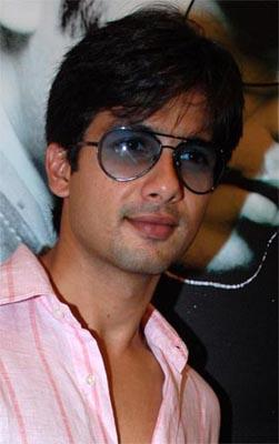 Shahid Kapoor Deadly Smile Pic