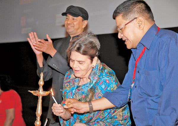 Filmmaker Sai Paranjpye Lights The Lamp