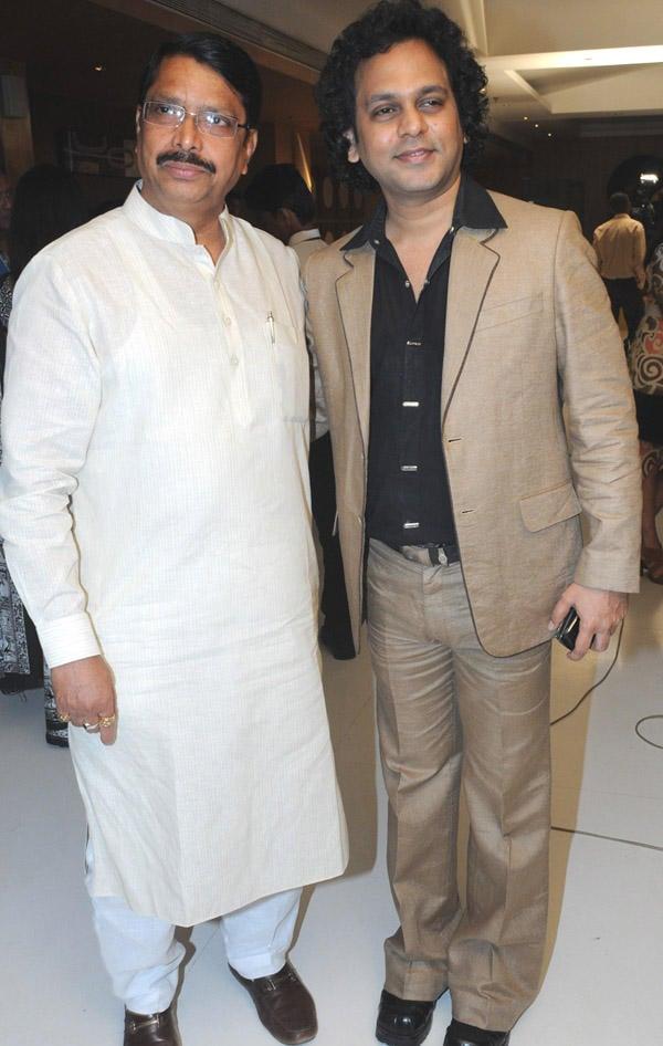 Ashok Jadhav and Viveck Shettyy Poses To Photo Shoot