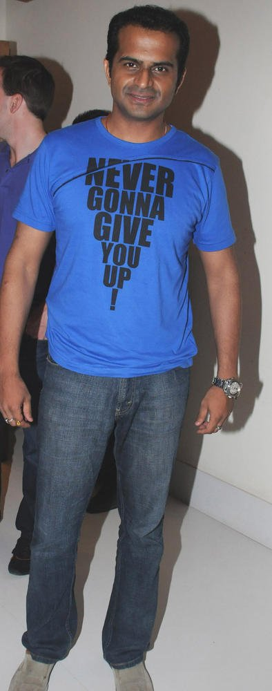 Siddharth Kannan Spotted At Viveck Shettyy Birthday