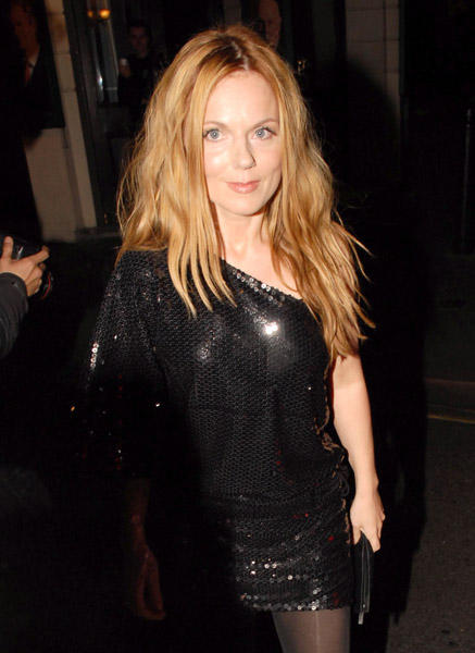 Geri Halliwell Gorgeous Pic In Black dress