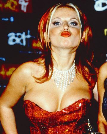 Geri Halliwell Sexy Boob Show Kissing Pic