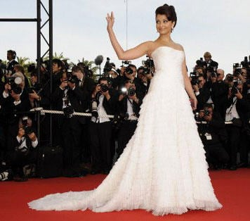 Aish Looks Gorgeous In A White Gown At The 62nd Cannes Film Festival