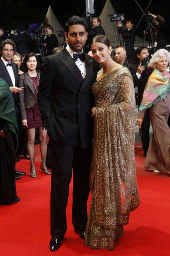 Aishwarya Rai in Sabyasachi Saree at Cannes 2010 With Abhishek