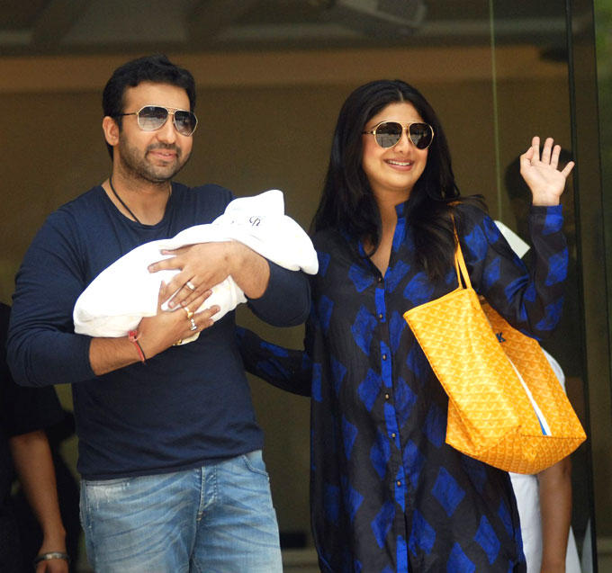 Exclusive Pics of Raj Kundra and Shilpa With Their New Born Baby Boy