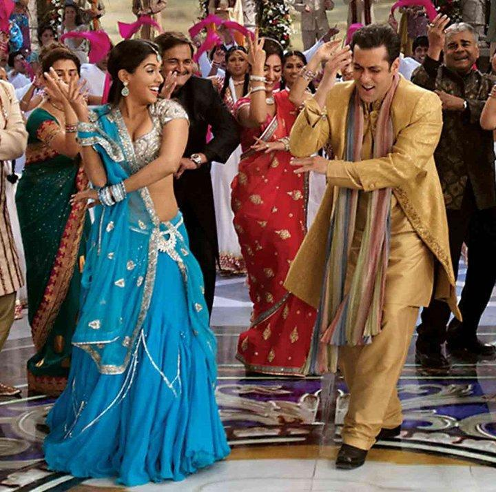 Asin With Salman Hot Dancing Pic In Ready