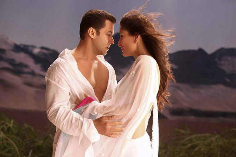 Salman With Kareena Kapoor Romantic Pic In Bodyguard Movie