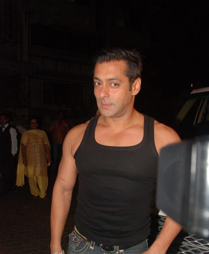 Salman Khan At Aamir Khan Party Pic