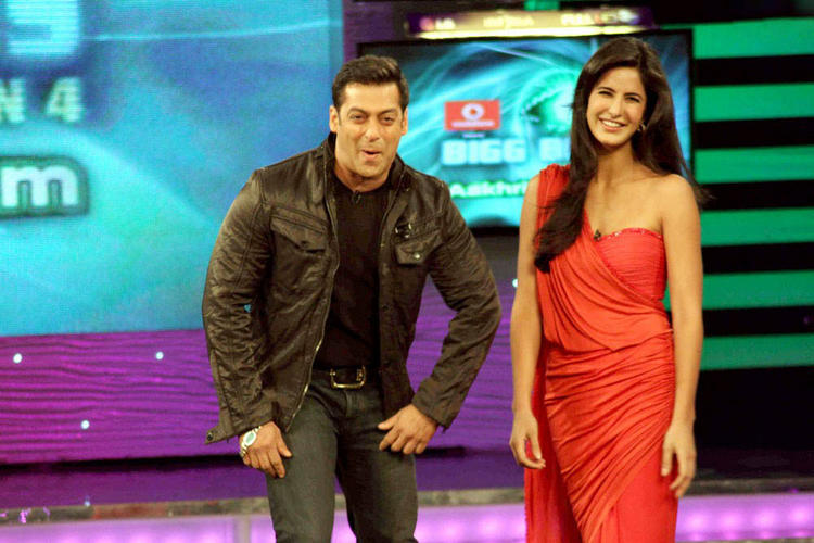 Salman Khan And Katrina Smiling And Cool Stills In Bigg Boss