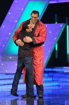 Salman Khan With The Great Khali In Bigg Boss
