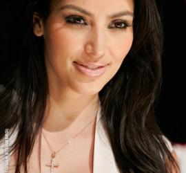 Kim Kardashian Beautiful Smile Pic